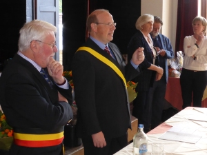 Luc Gathy, président CPAS (d) avec Marc Deconinck, bourgmestre (g)