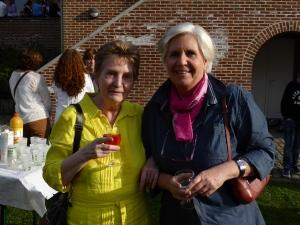Brigitte Wiaux, échevine, pendant le verre de l'amitié