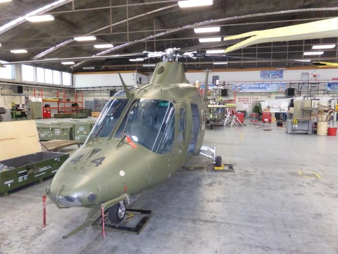 A109 dans le hangar à Beauvechain