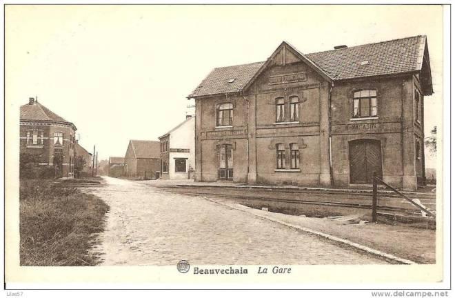 La staton de Beauvechain, actuellement toujours la Rue de la ... Station! (vue vers le nord)