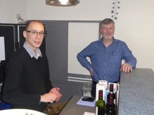Et aussi à votre service, au bar: Martin Vanderwegen et Luc Jandrain