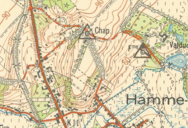 Une carte géographique datant de 1951-1952 montrent effectivement l'état de la route non-asphaltée